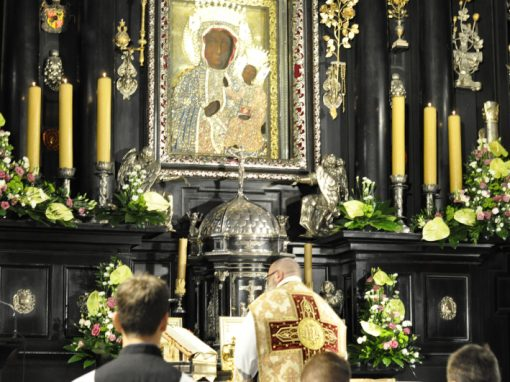 Na wspólnym Bożym Fundamencie – Relacja z XII Ogólnopolskiej Pielgrzymki Wiernych Tradycji Łacińskiej na Jasną Górę – Tradiclaromontana2017.