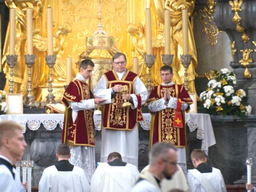 Mszą Św. przed Cudownym Obrazem rozpocznie się Ogólnopolska Pielgrzymka Wiernych Tradycji Łacińskiej na Jasną Górę.